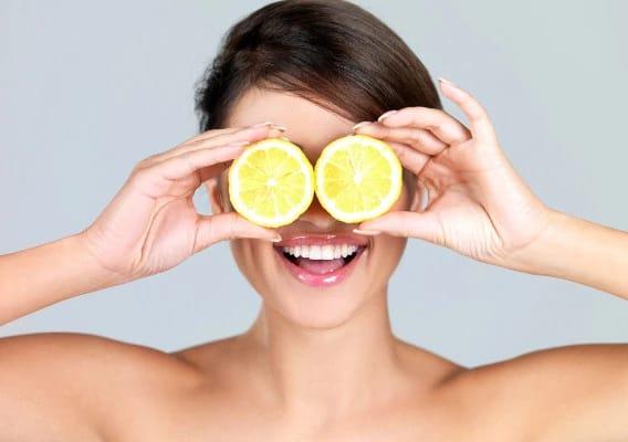 Что будет, если нанести лимонный сок на подмышки и не только