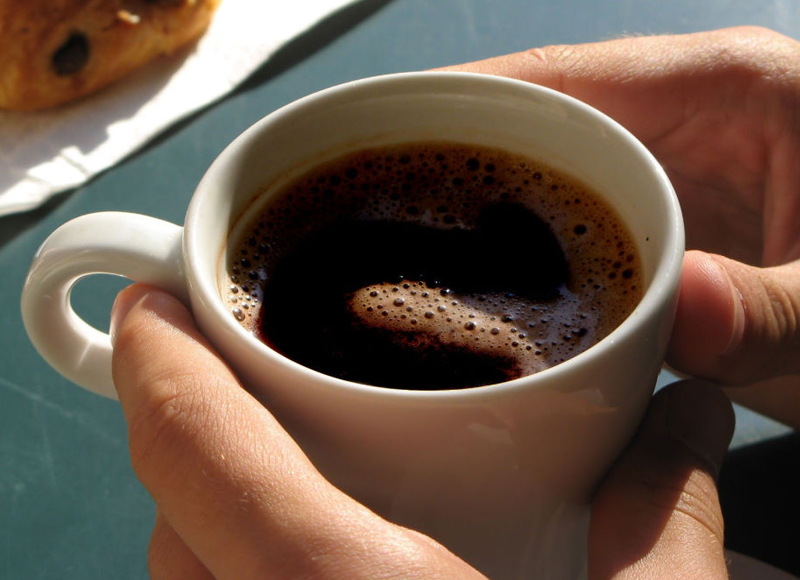 Почему категорически нельзя пить кофе на пустой желудок!